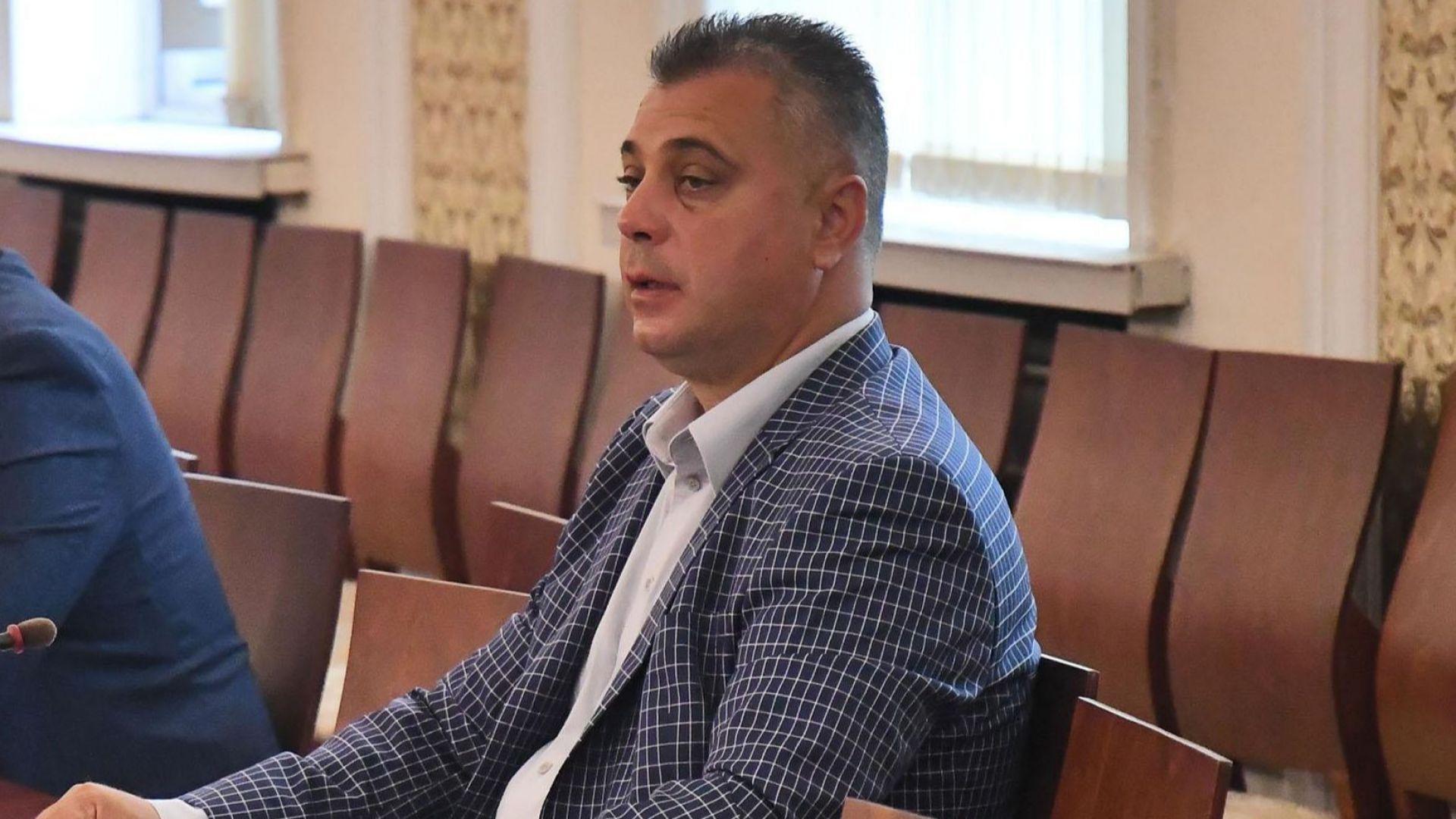 Юлиан Ангелов за датата на вота: Президентът да се допита до здравни експерти