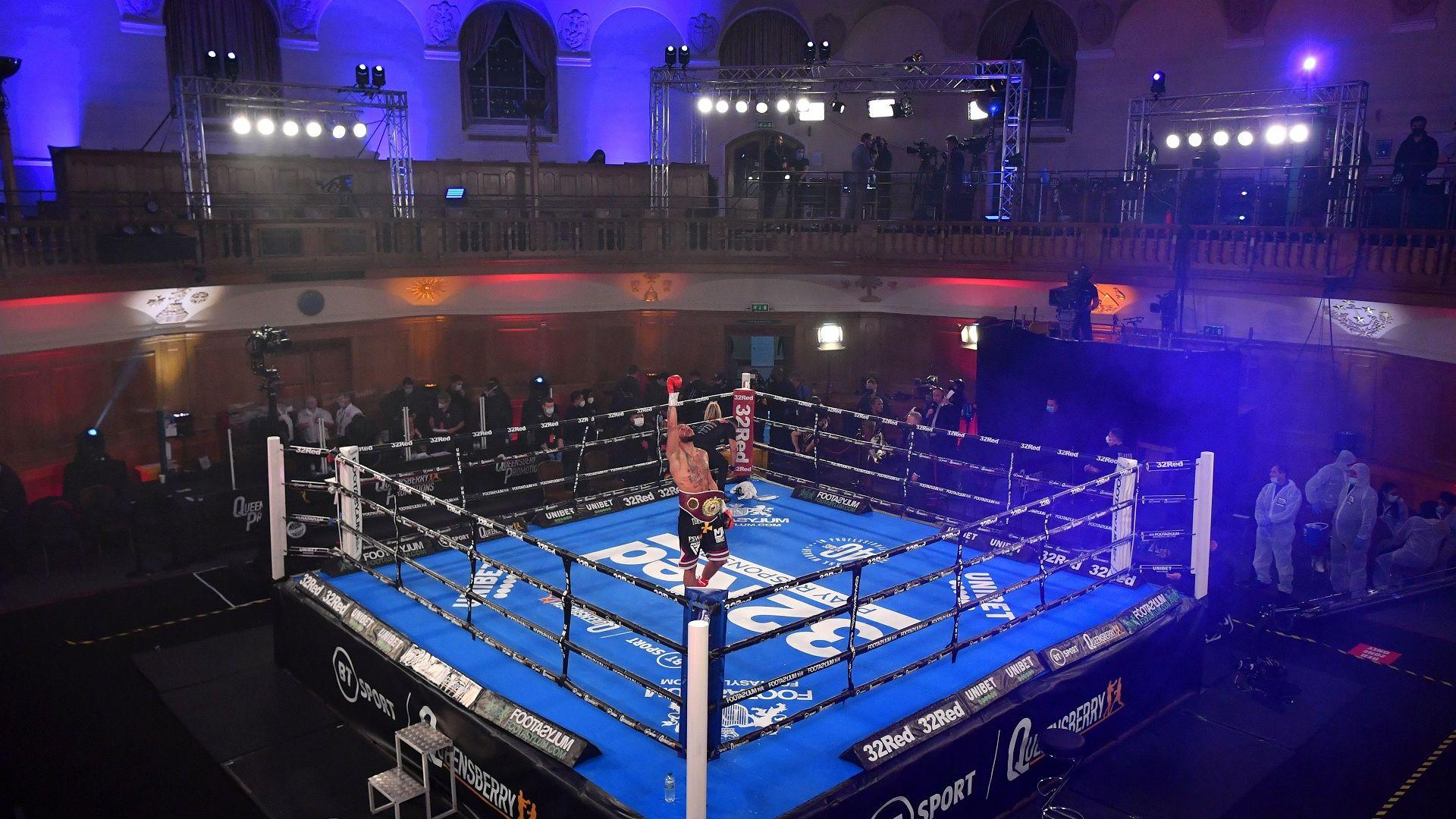 Боксови мачове в църква предизвикаха скандал на Острова