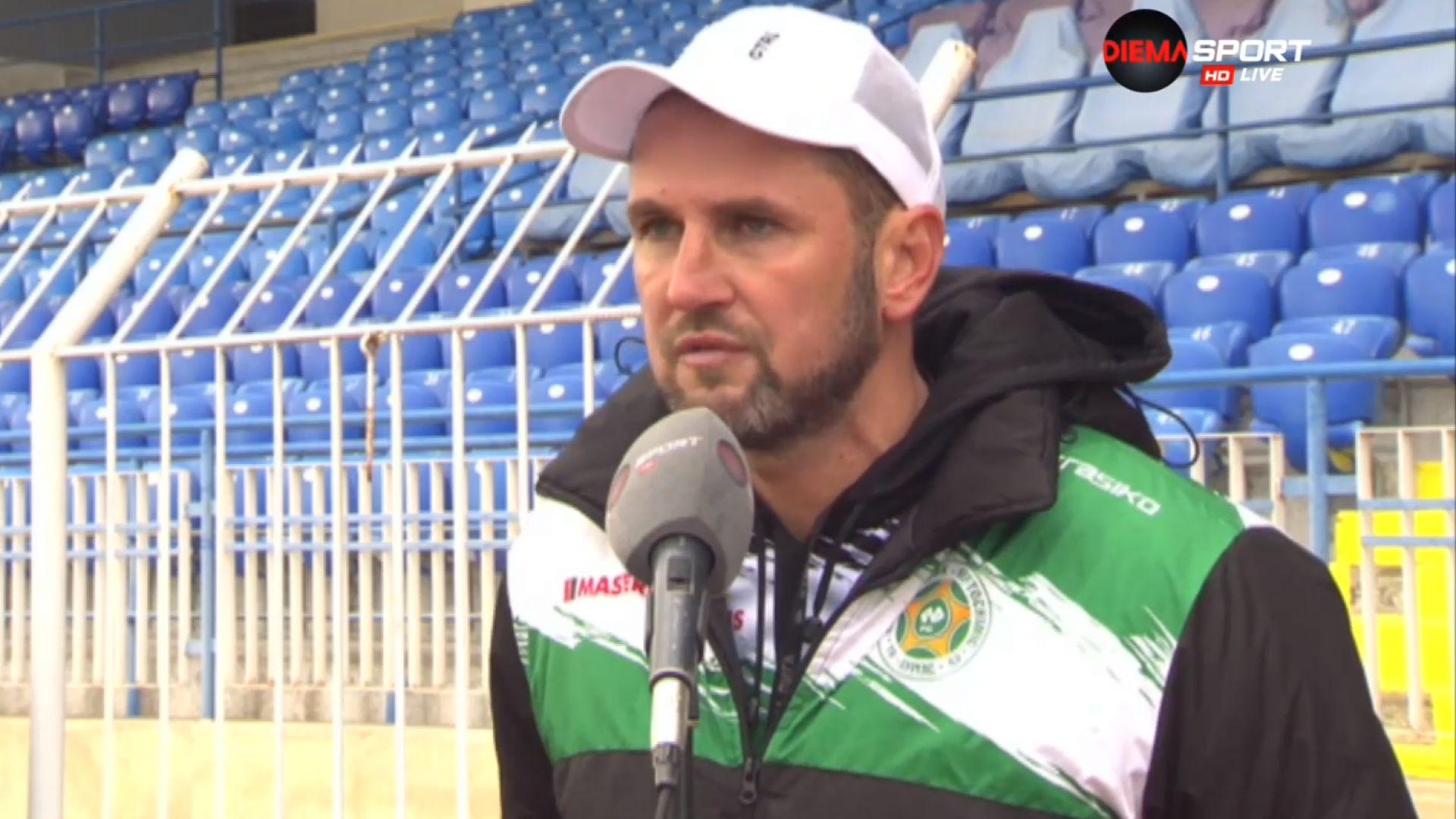 Треньорът на Нефтохимик изригна срещу ръководството на клуба