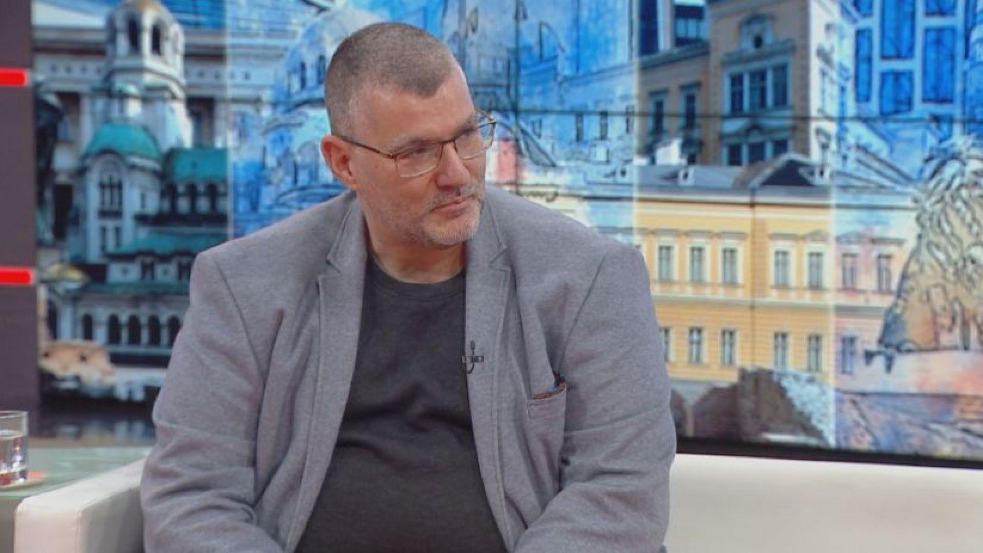 Проф. Момеков: И след ваксинация ще трябва да спазваме социална дистанция