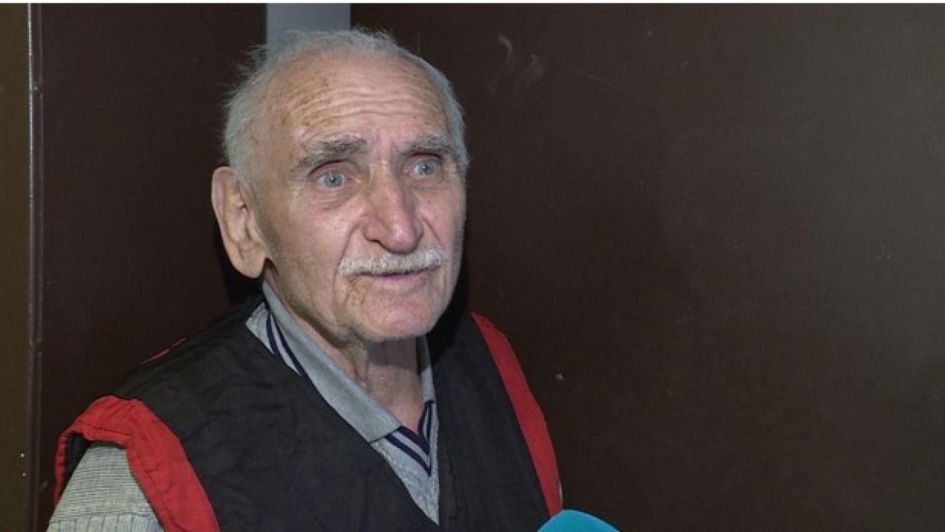 """Вторият ограбен пенсионер от """"пощаджията"""": Такъв класически мошеник не съм виждал (снимки)"""