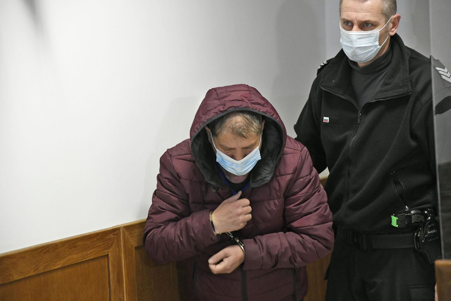 """Състав на Софийски районен съд остави в ареста обирджията на пенсии от """"Гео Милев"""". Оказа се, че рецидевистът е измамил още един пенсионер"""