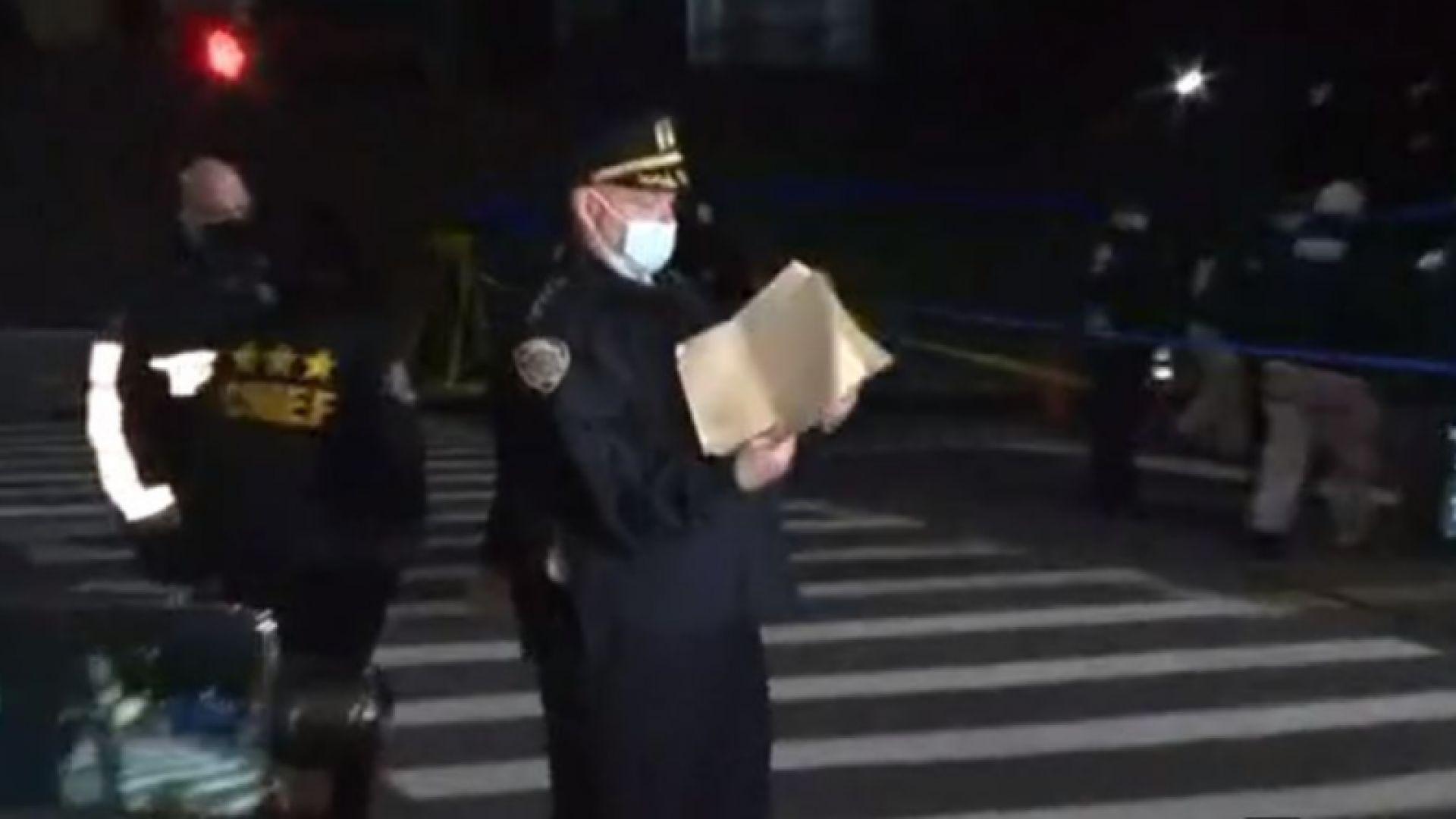 Полицията уби мъж, стрелял пред катедрала в Ню Йорк (видео)