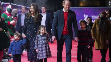 Дебют на червения килим: децата на Уилям и Кейт с първа публична поява за тази година