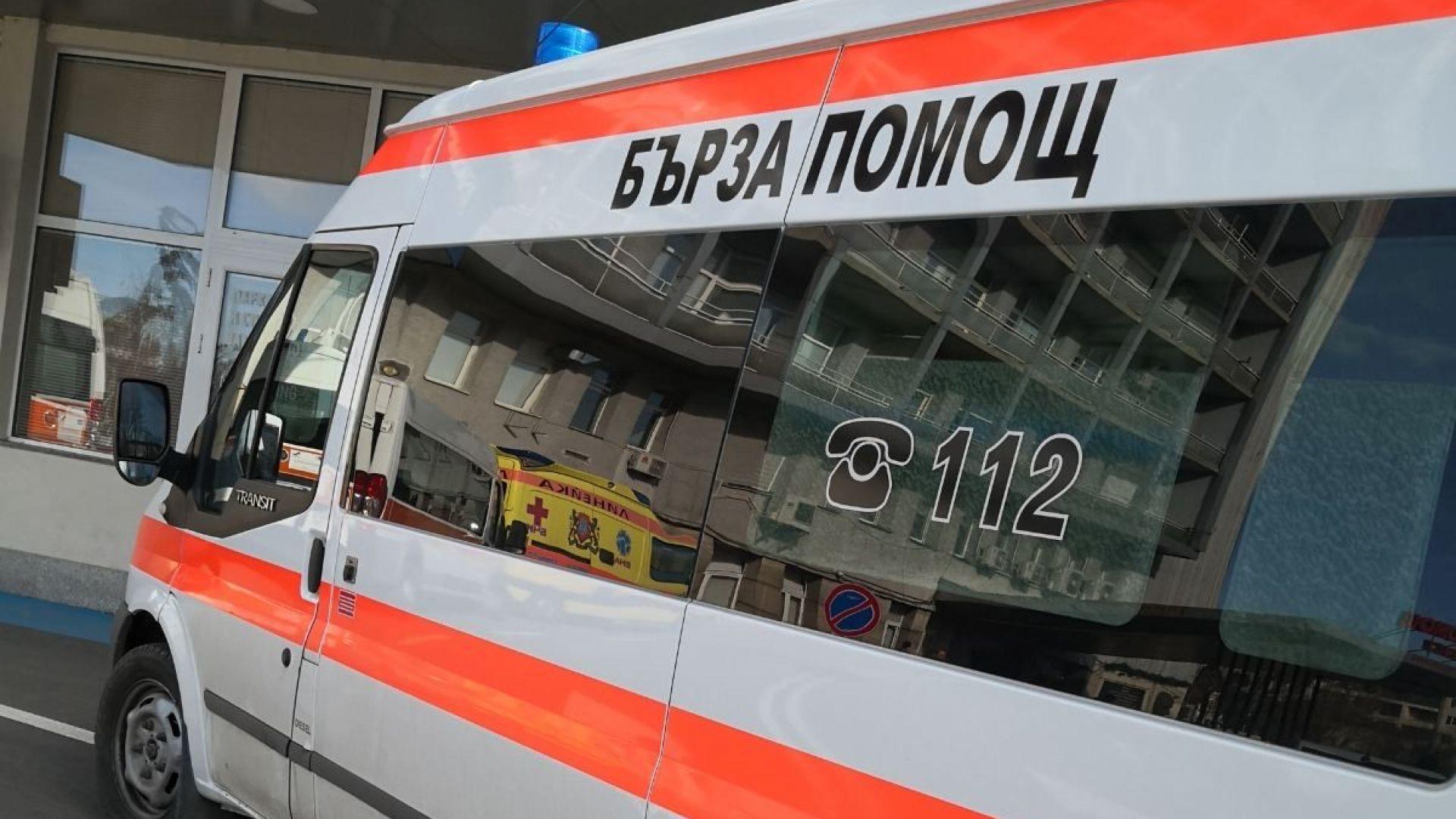 Линейки копърки превозват пациенти в едни и същи чаршафи, взимат до 750 лв. за курс