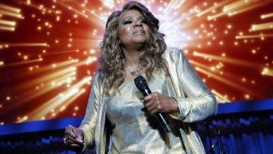 """Глория Гейнър ще пее """"I Will Survive"""" на """"Таймс скуеър"""" в новогодишната нощ"""