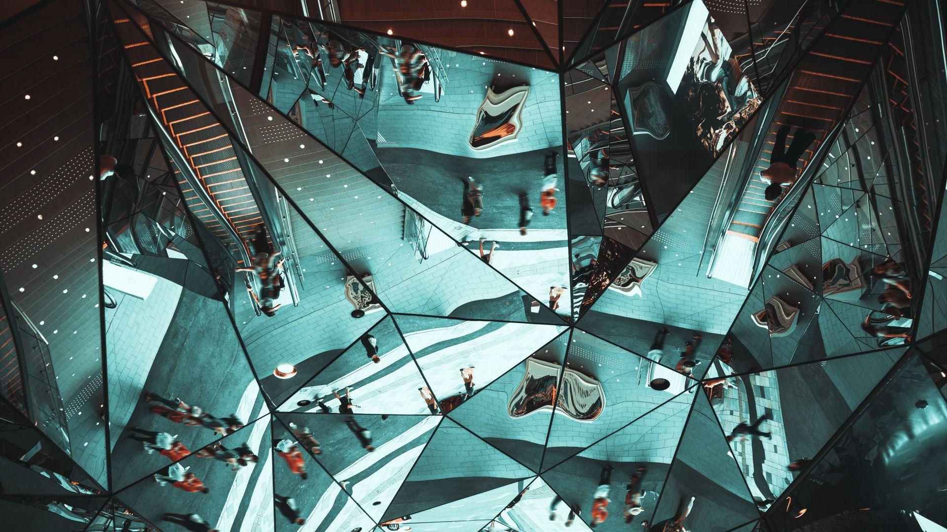 360-градусова обратна връзка – безценно огледало, отразяващо поведението ни в работна среда