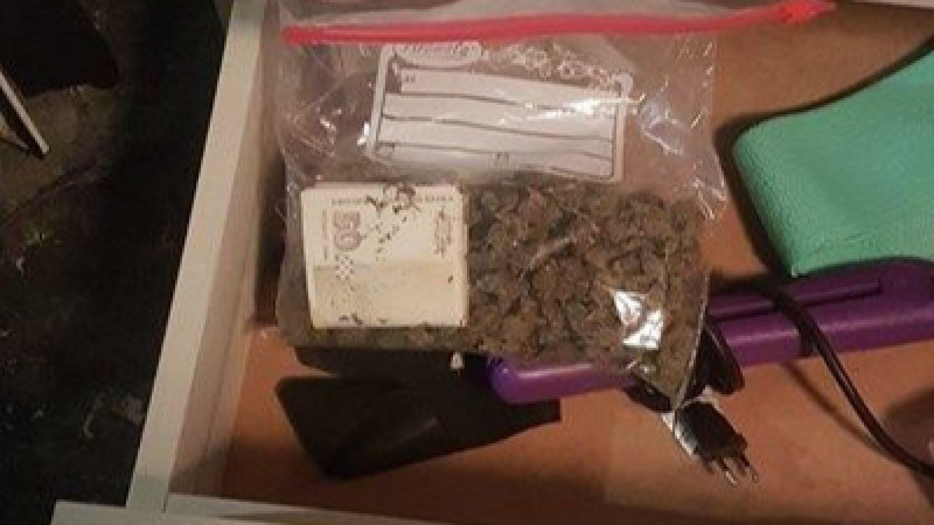 Във Варна задържаха наркодилъри с 9 вида дрога