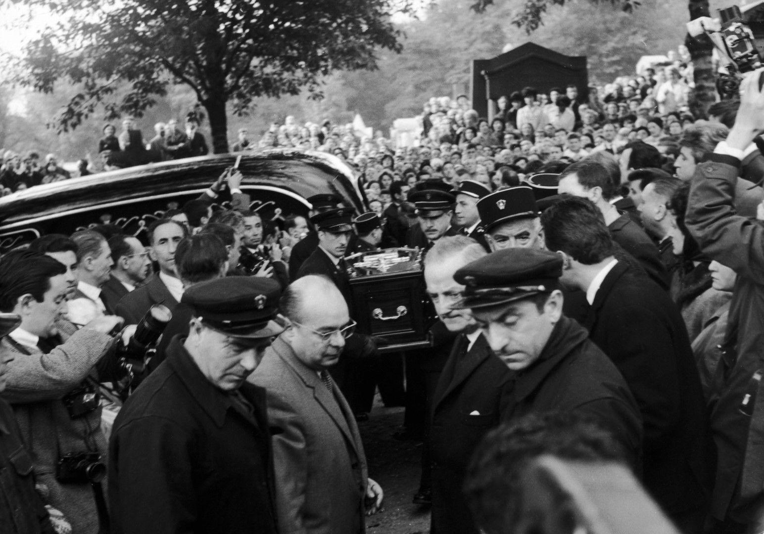 """Погребението на Пиаф, """"Пер Лашез"""", 14 октомври, 1963 г."""