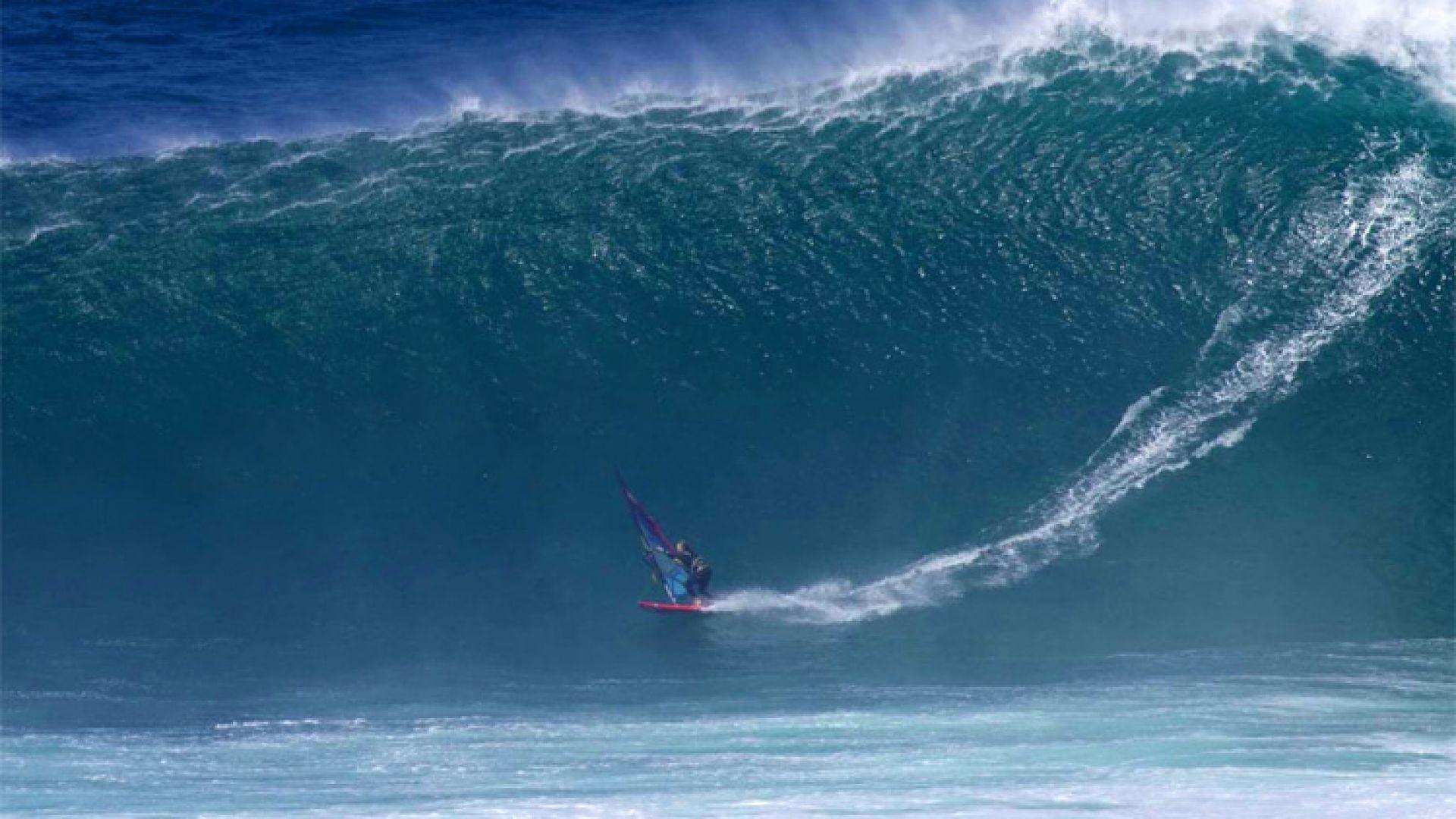 Френска сърфистка яхна огромна вълна за световен рекорд