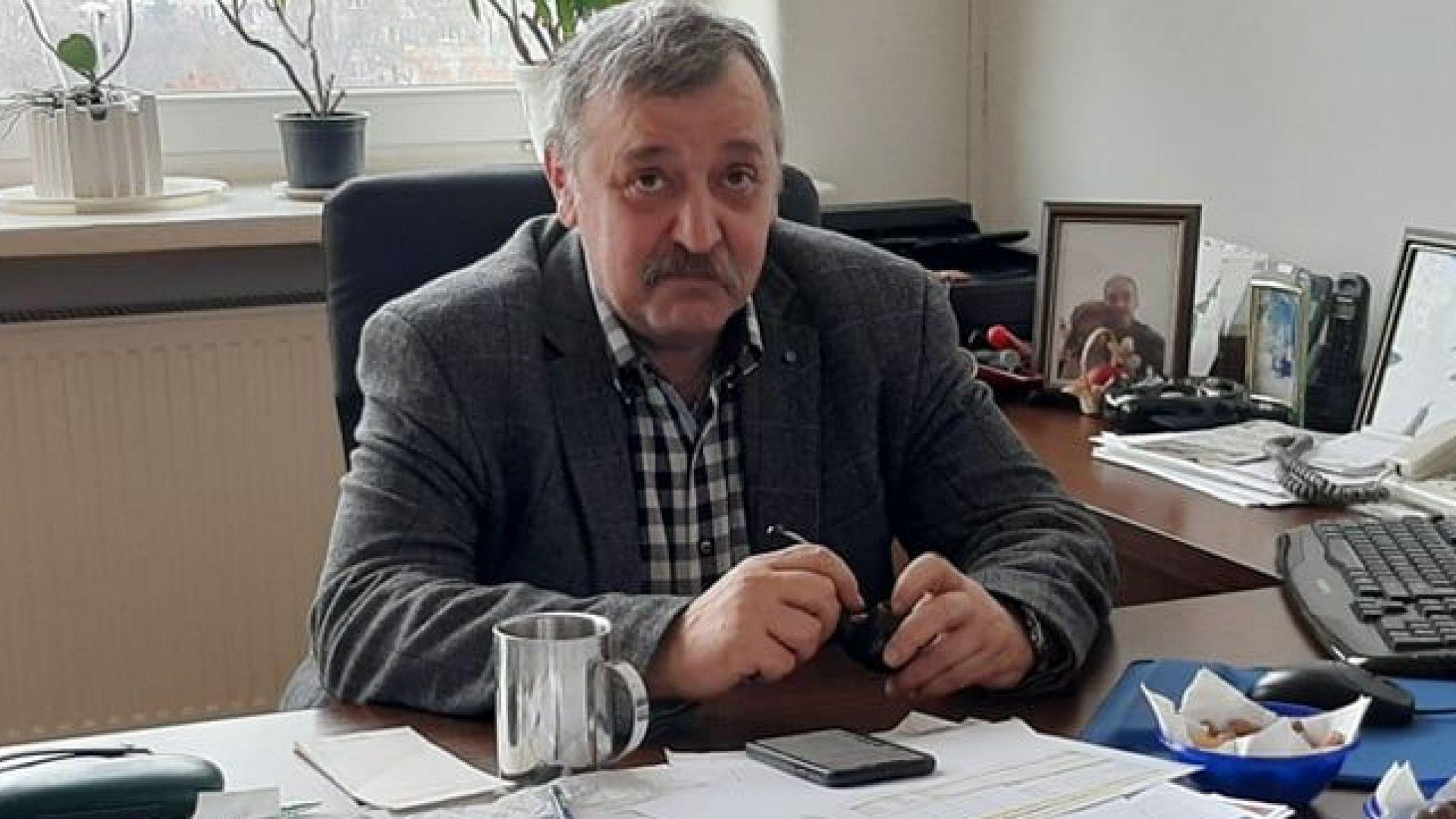 Проф. Кантарджиев:  Заплатата ми е 3700 лева, не съм взимал 35 000 от НОЩ