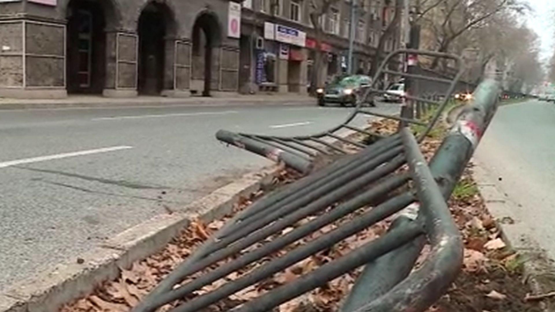 Шофьор загина на място при сблъсък в жилищна сграда в Пловдив