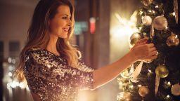 """""""По-смело на празника"""": Модни парти идеи за мъже и жени 2020"""