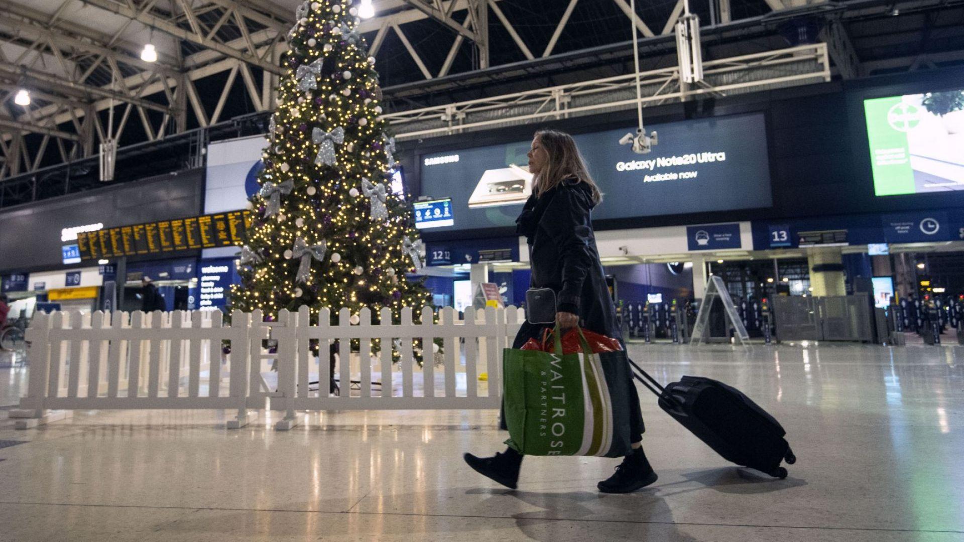 Спешна среща на ЕС заради новия щам на COVID-19, десетки страни спряха полетите от и до Великобритания