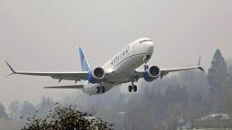 Всички самолети Boeing ще летят с устойчиви горива до 2030 година