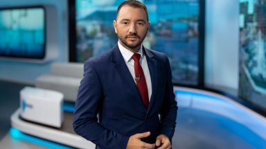 Антон Хекимян със сълзи на очи напуска сутрешния блок: Всеки един изгрев си струва