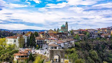 Липсата на туристи и студенти удари имотния пазар във Велико Търново