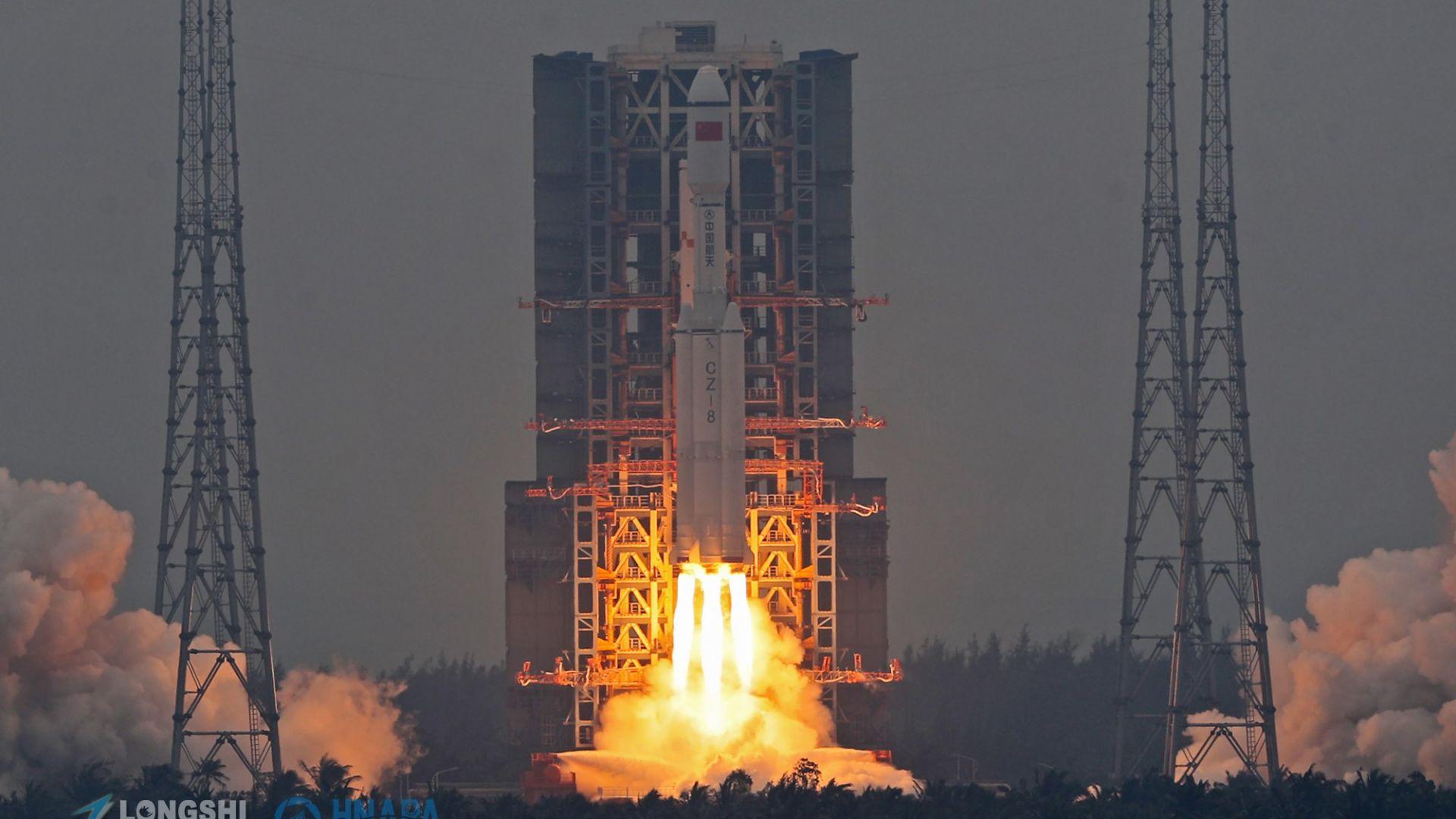 Китай извърши успешен тест на тристепенен ракетен двигател