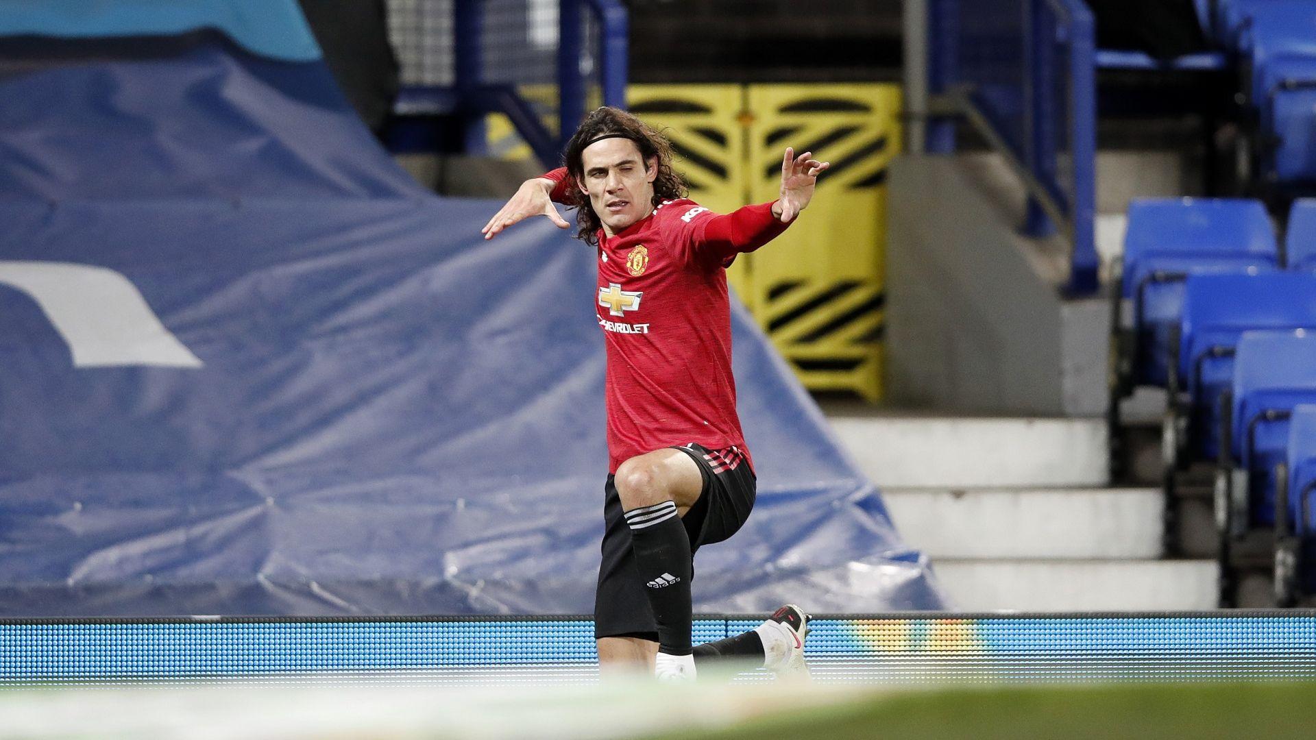 Късни голове пратиха Манчестър Юнайтед на полуфинал