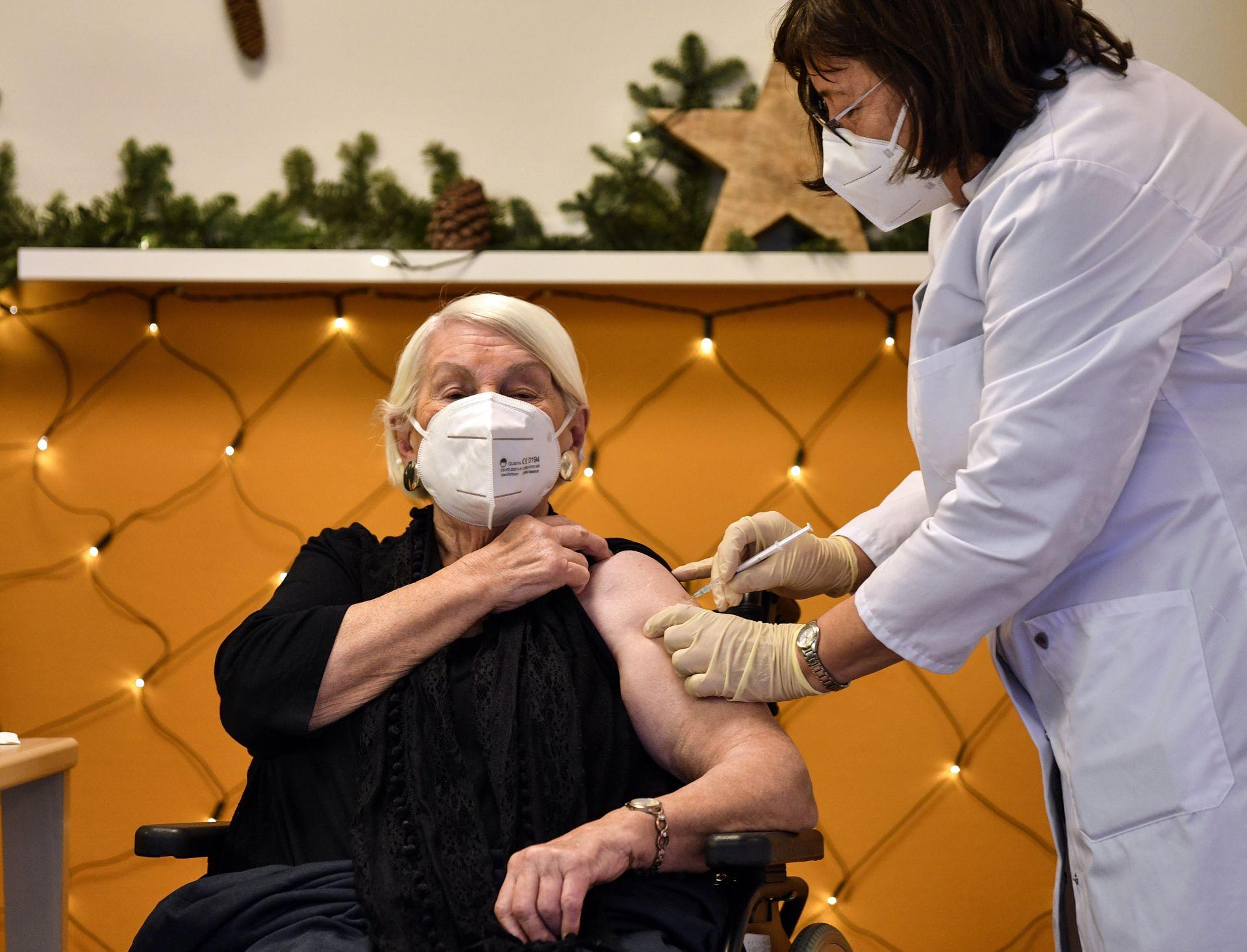 Първи ваксинации в Германия
