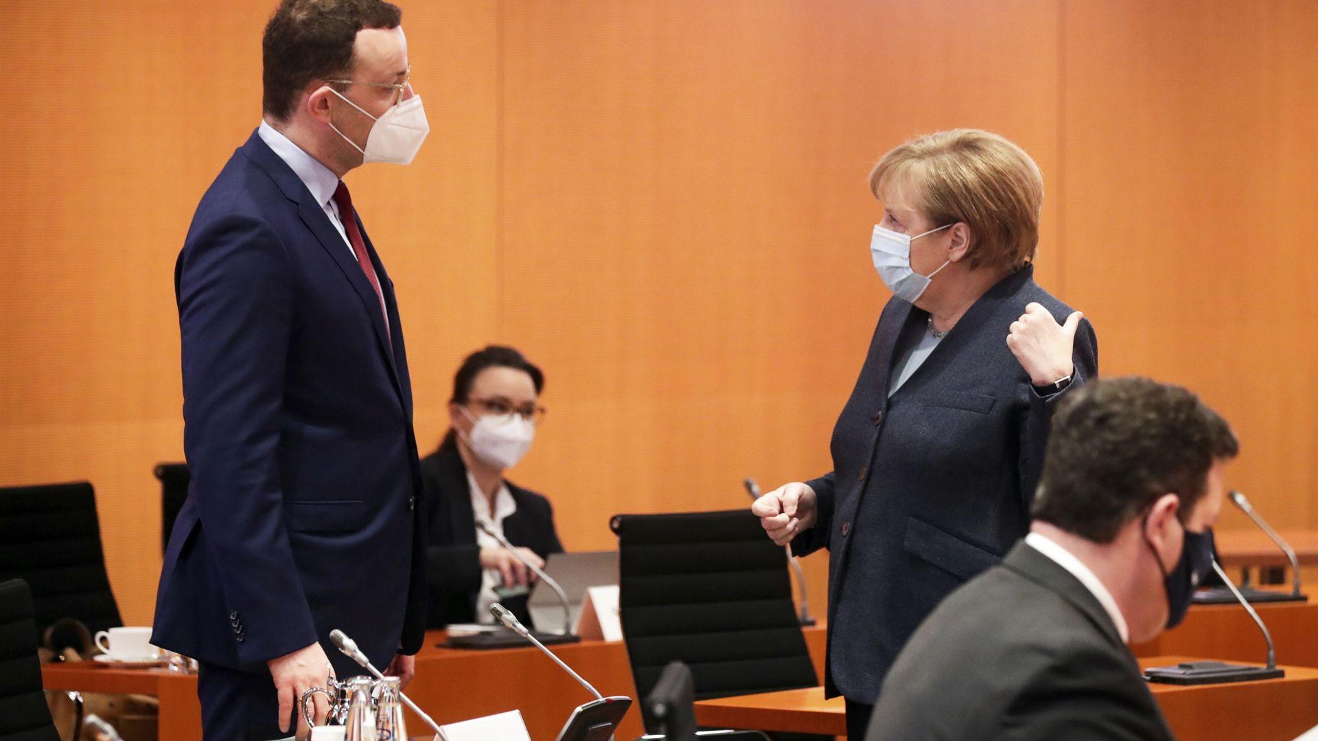 Германският здравен министър задмина по популярност Ангела Меркел