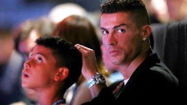 "Роналдо оглави класацията на ""Forbes"", ще прибере 125 милиона този сезон"