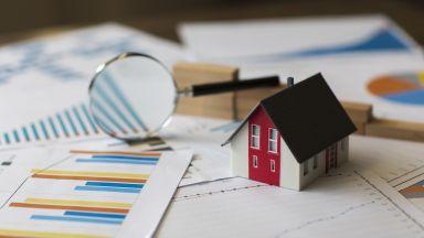 Експерт: Не имотите поскъпват, а парите поевтиняват