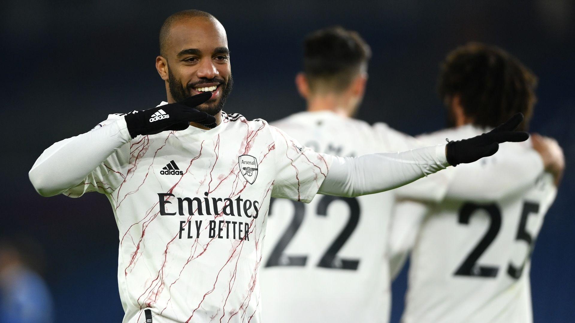 Коледният възход на Арсенал продължи с нова победа