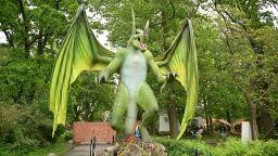 Уникален фентъзи парк на открито с дракони от цял свят отвори врати в София