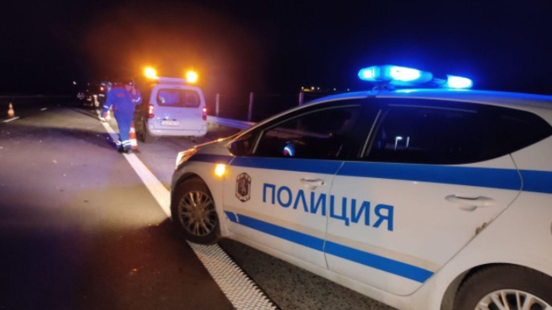 """Катастрофата на """"Тракия"""" - шофьорът, влязъл в насрещното платно, почина, другият е потрошен"""