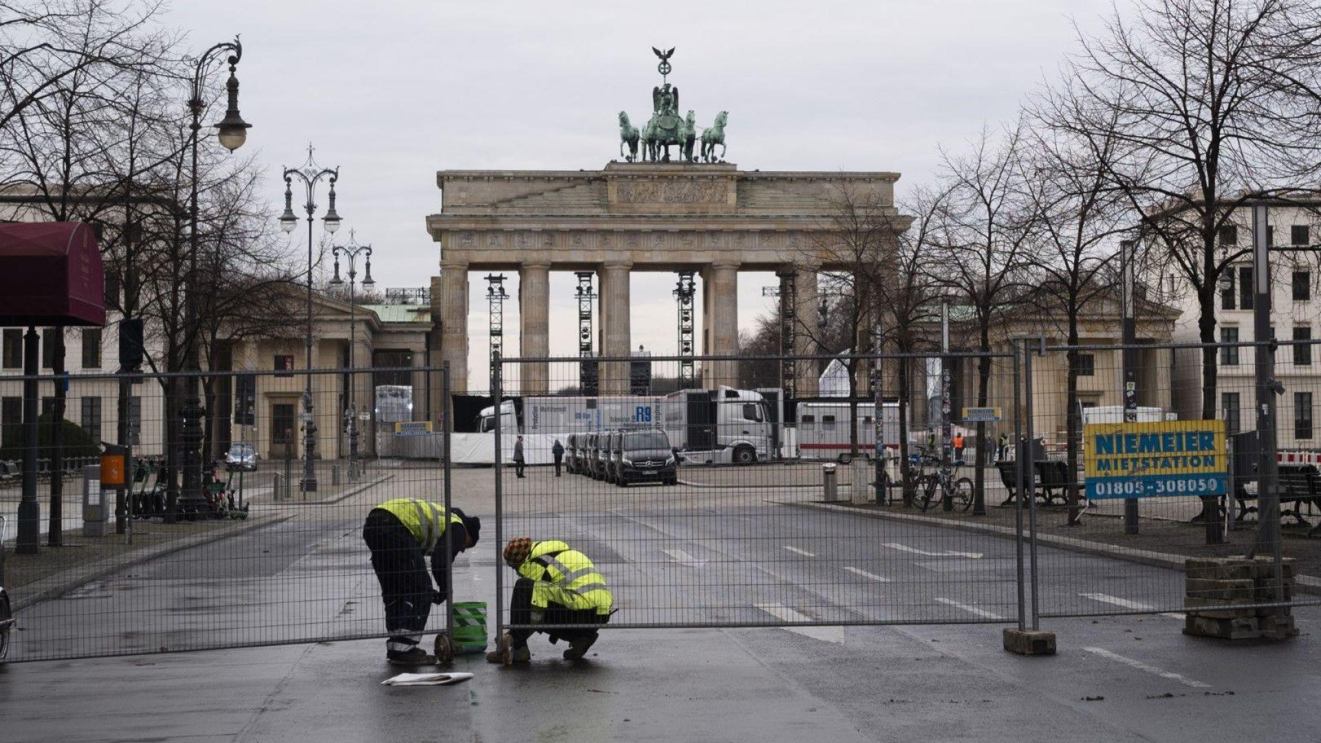 Хиляди полицаи ще следят за спазването на забраната за протести и фойерверки в Берлин