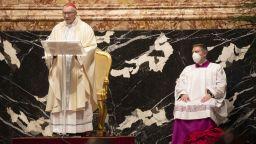 Папа Франциск пропусна празничната меса по здравословни причини