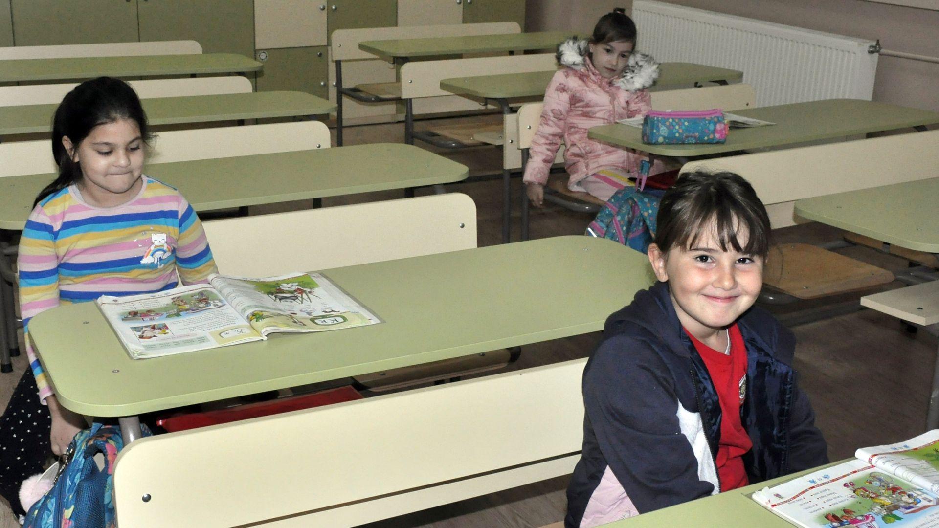 Красимир Вълчев: След 18 януари по-големите ученици може да се върнат в клас