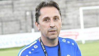 Атанас Атанасов: Първенството ни не е слабо. В националния трябва да се налагат млади играчи