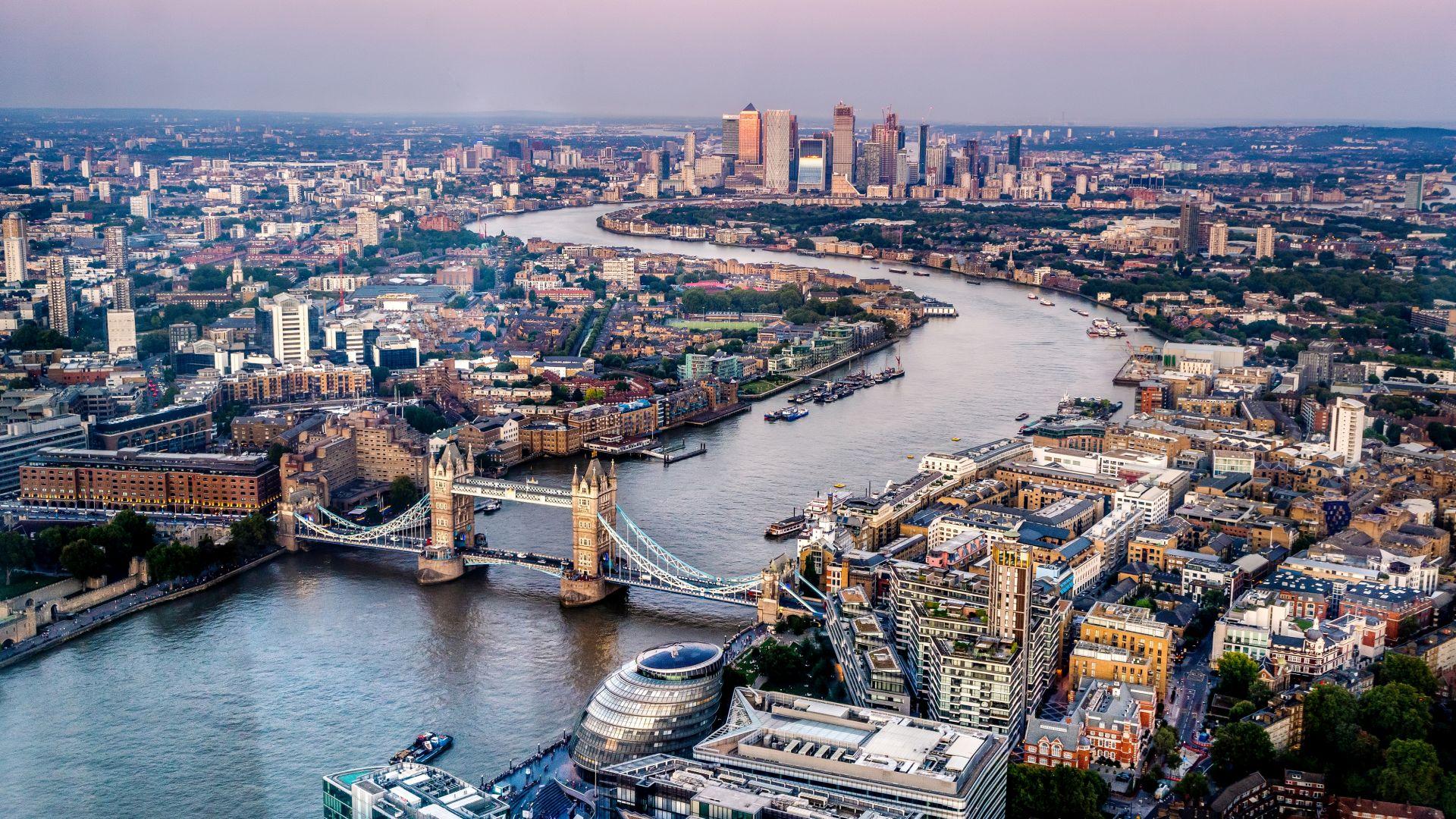 Най-тясната къща в Лондон се продава за над 1 милион евро