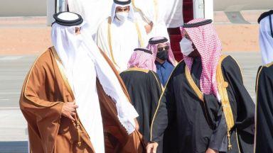 Арабските страни от Залива сложиха край на кризата с Катар, за да се изправят срещу Иран