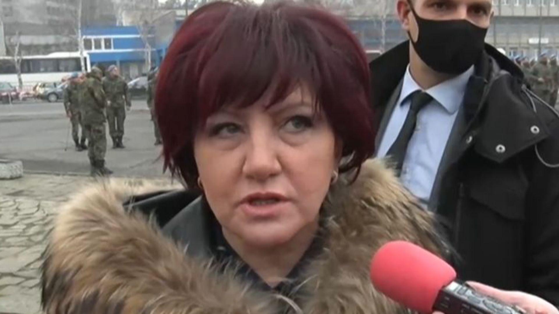 Караянчева: Президентът да излезе и да каже защо иска да промени датата на изборите