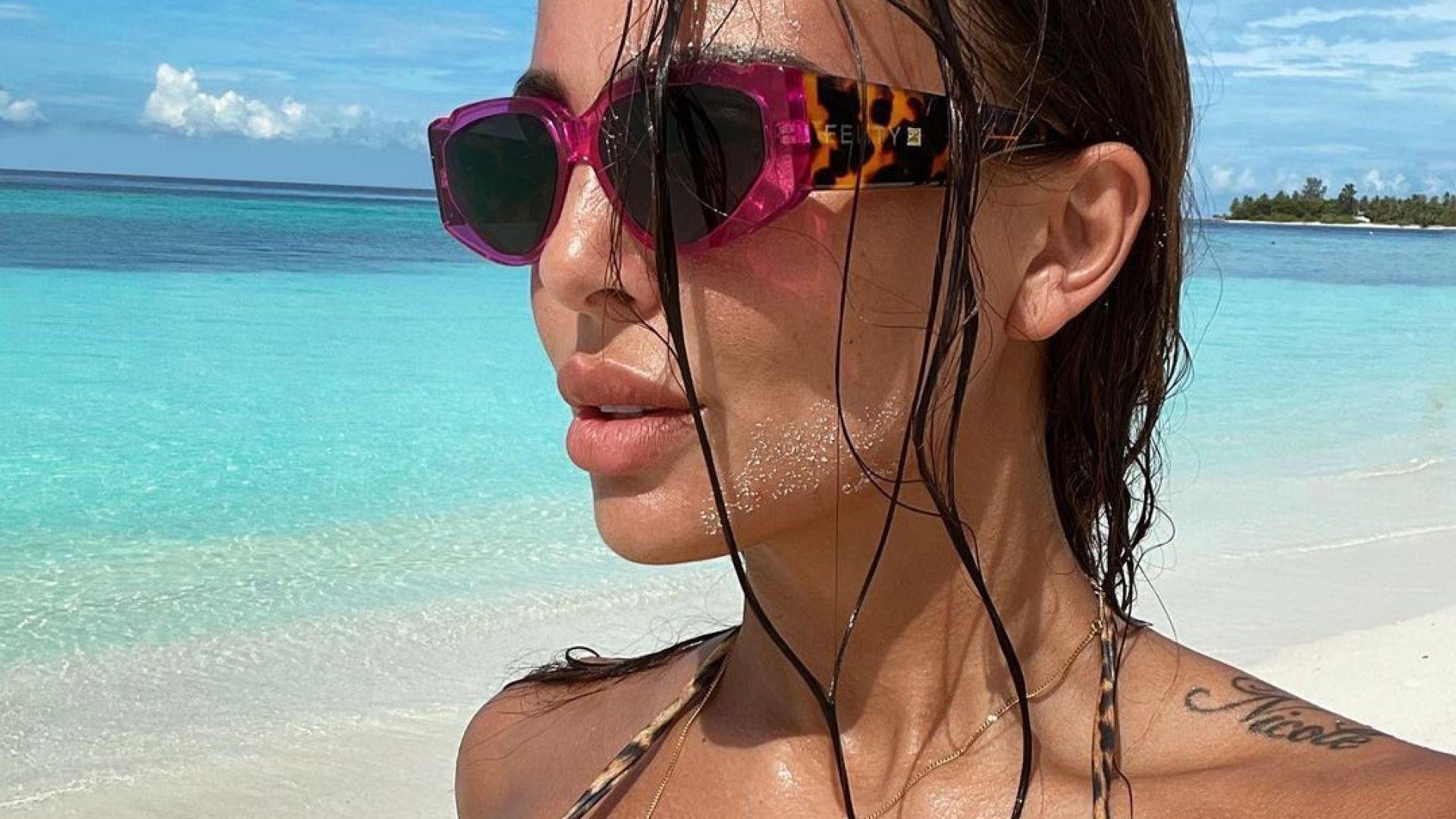 Николета с нови пламенни кадри от лазурните плажове на най-малката азиатска държава