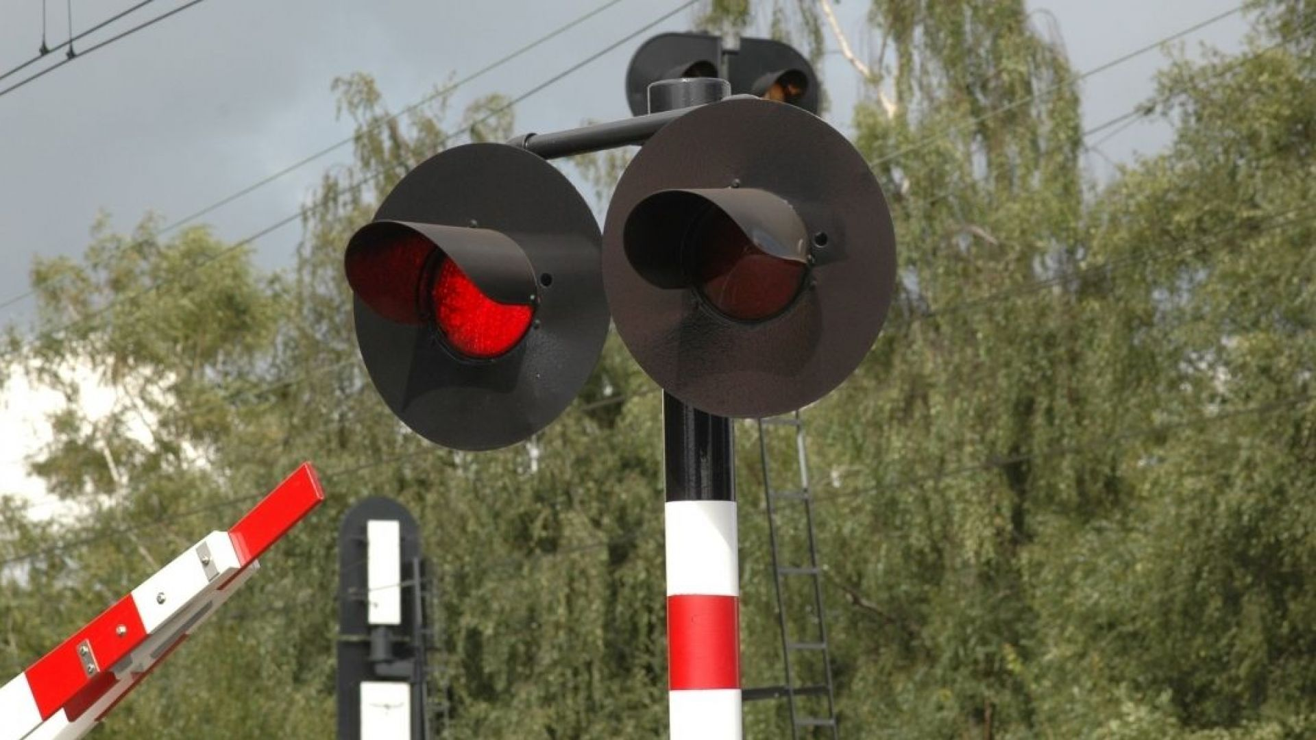 Спрян е теч на газ от жп цистерна на гара Разпределителна в Русе