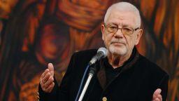 Недялко Йорданов възпя в стихове фалшивата новина за смъртта си