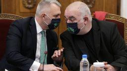 Хаджигенов и Бабикян създават НПО