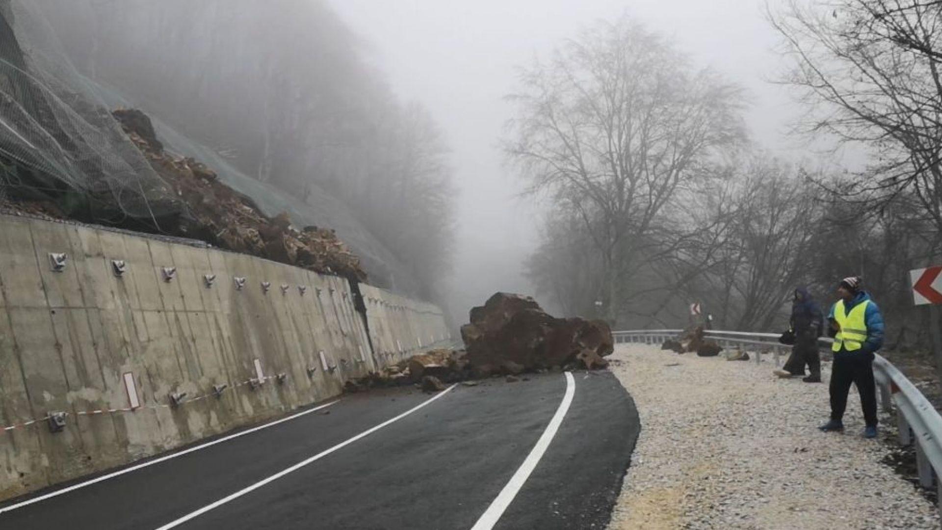 Предотвратен е много по-голям инцидент при свлачището на пътя за Рилския манастир