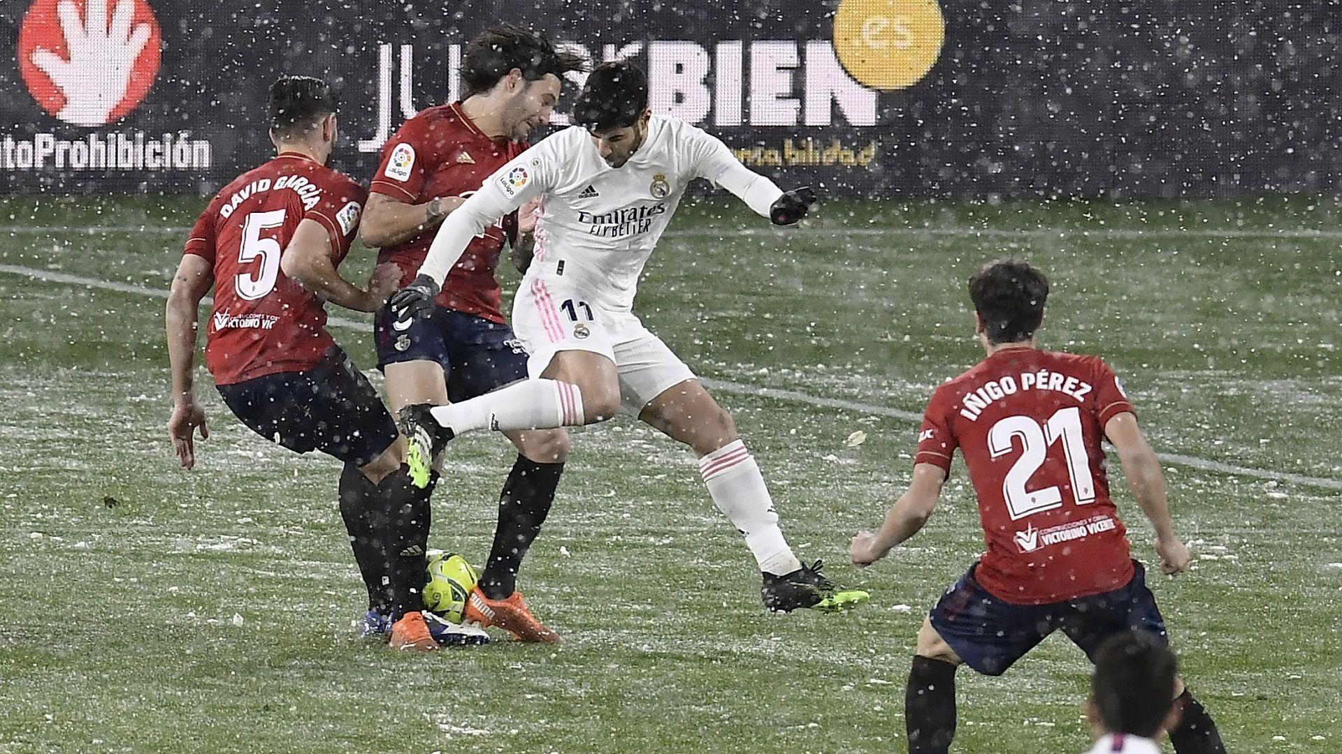 Снегът в Памплона затрупа мераците на Реал за първото място