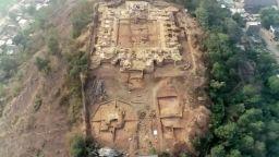 Археолози откриха древен будистки манастир в Индия