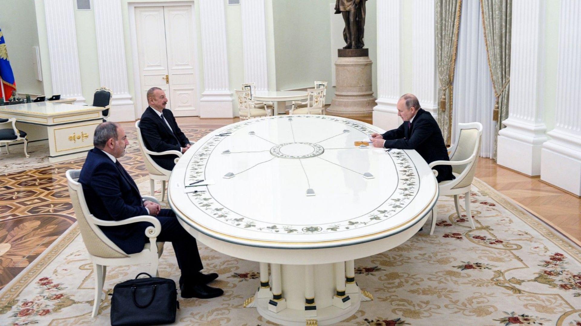 Путин: Изпълняват се условията за трайно уреждане на нагорнокарабахския конфликт