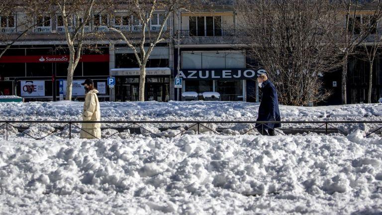 Движението в испанската столица Мадрид е блокирано в следствие на