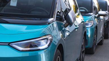 Доставките на електрически автомобили Volkswagen с ръст от близо 200% през 2020 г.