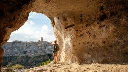 Маршрути в Италия: Да стигнеш пеша от Матера до Бари (видео)