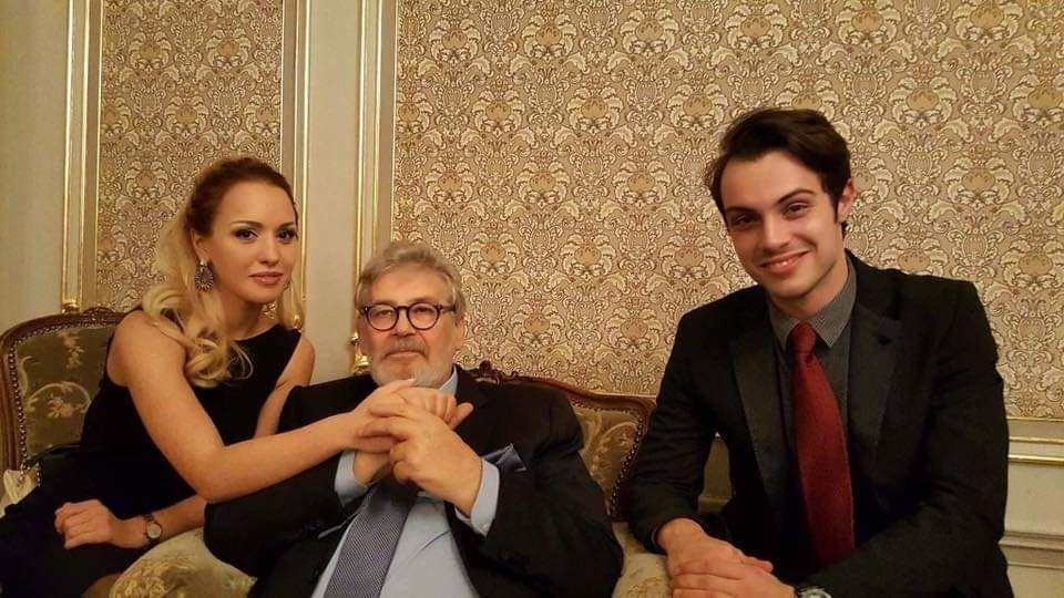 С проф. Стефан Данаилов, който го приема в класа си в НАТФИЗ