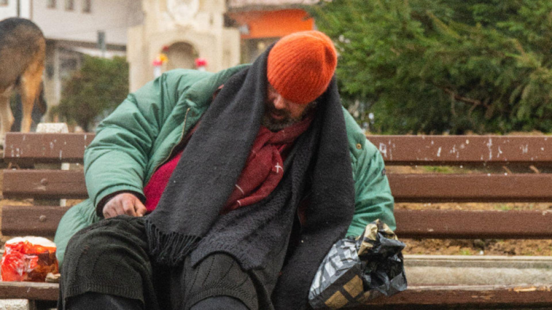 21-годишен син на алкохолик спаси бездомник от Габрово с кампания в социалните мрежи